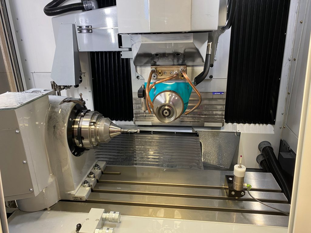 Sharpening of Compression Spiral at Total Tooling Technology.